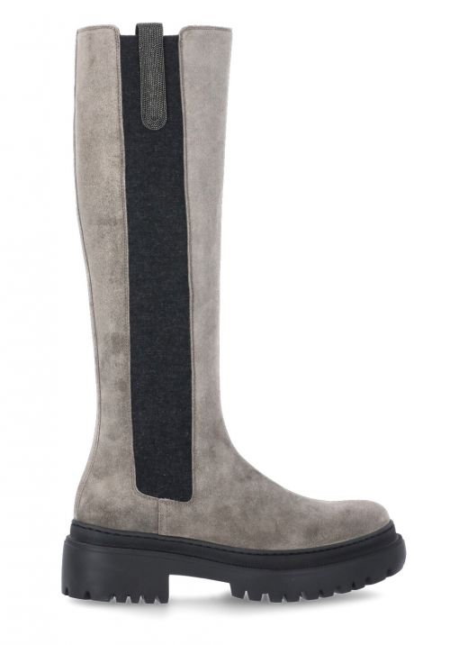 Suede boot with 'Shiny Contour'