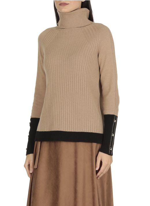 Maglia in cashmere seta e lana con borchie