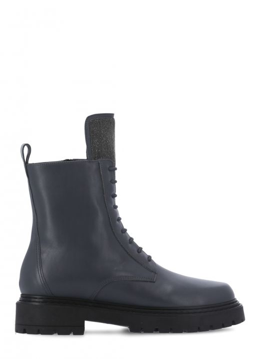 Leather army boot with highlight detail