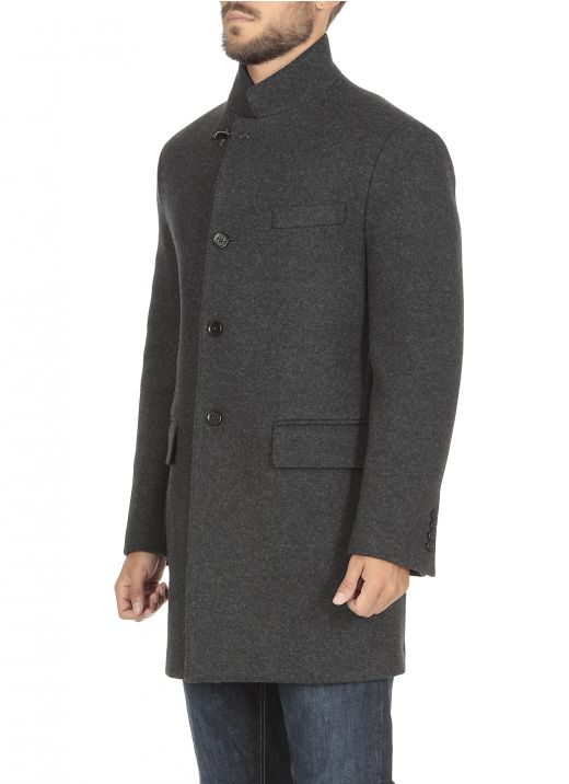Wool mono-breasted coat