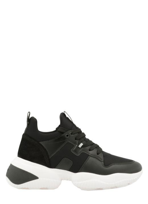 Interaction Sneaker