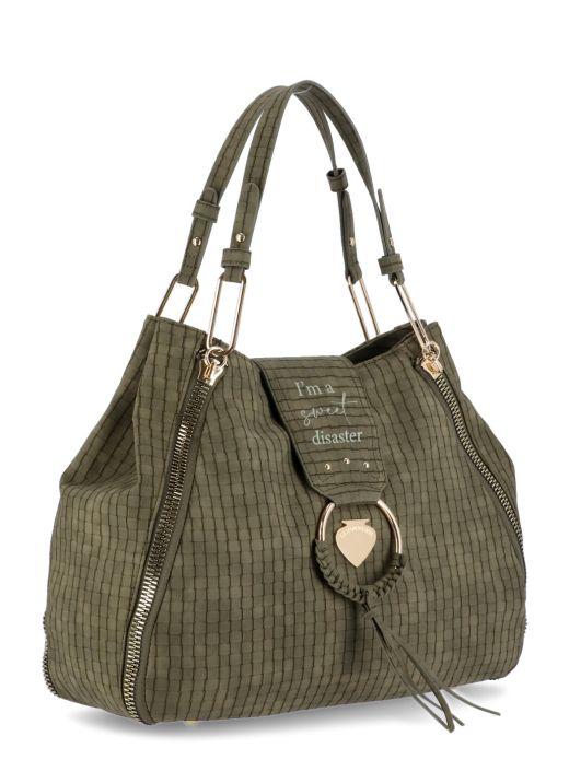 Vicky Disaster bag