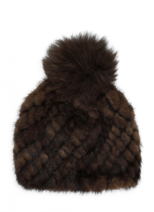 Knitted hat with fur
