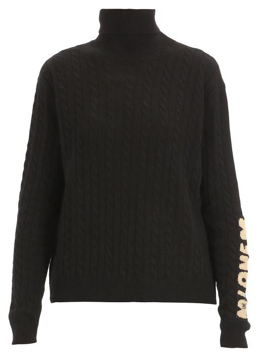 Loged sweater