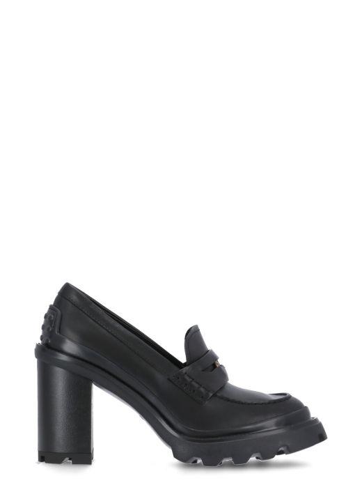 heeled loafer
