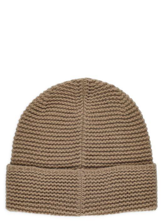 Knitted virgin wool beanie